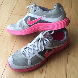 Nike Lunar Racer 2 Women's Shoes